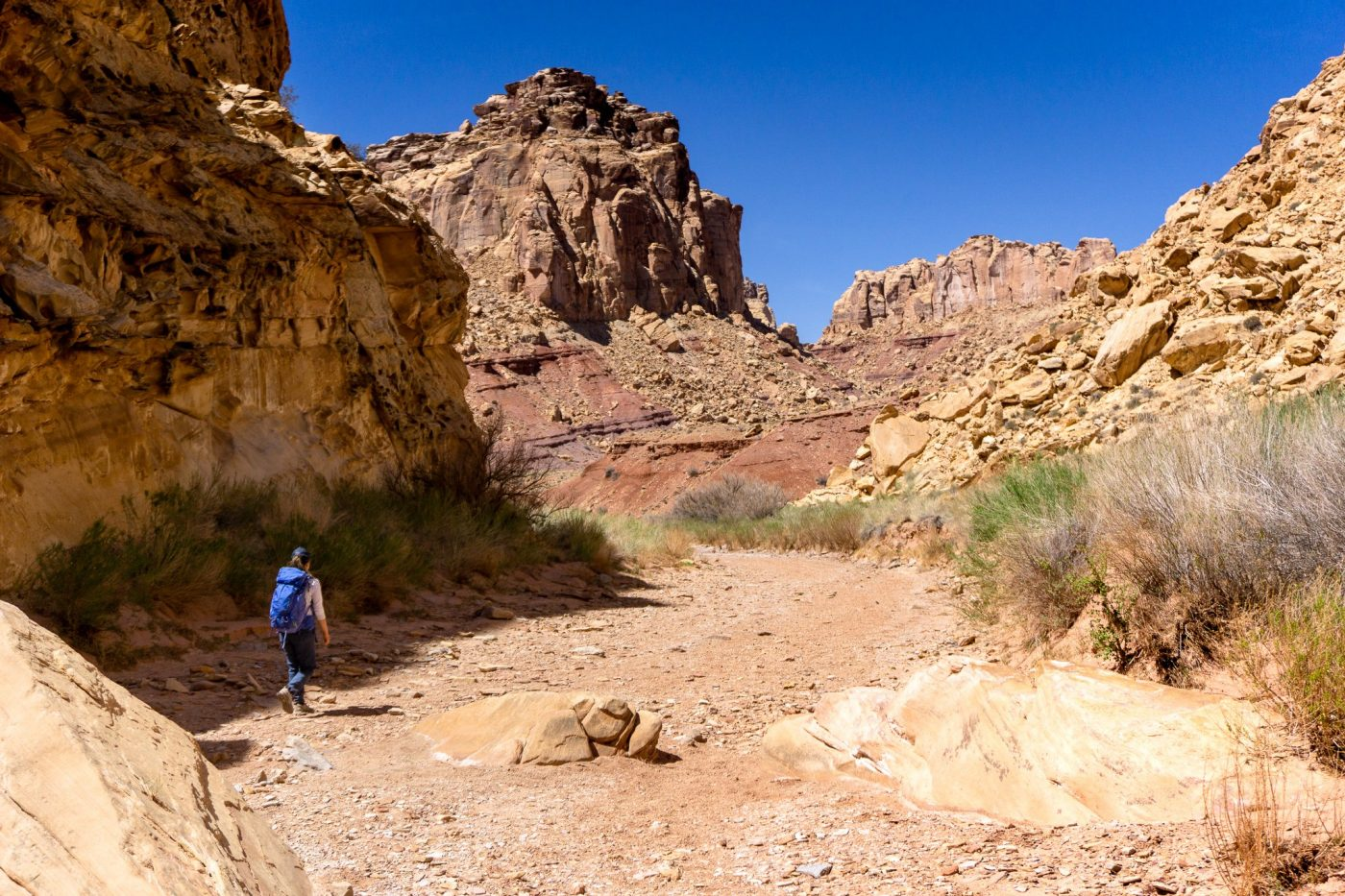Chute canyon scrambling