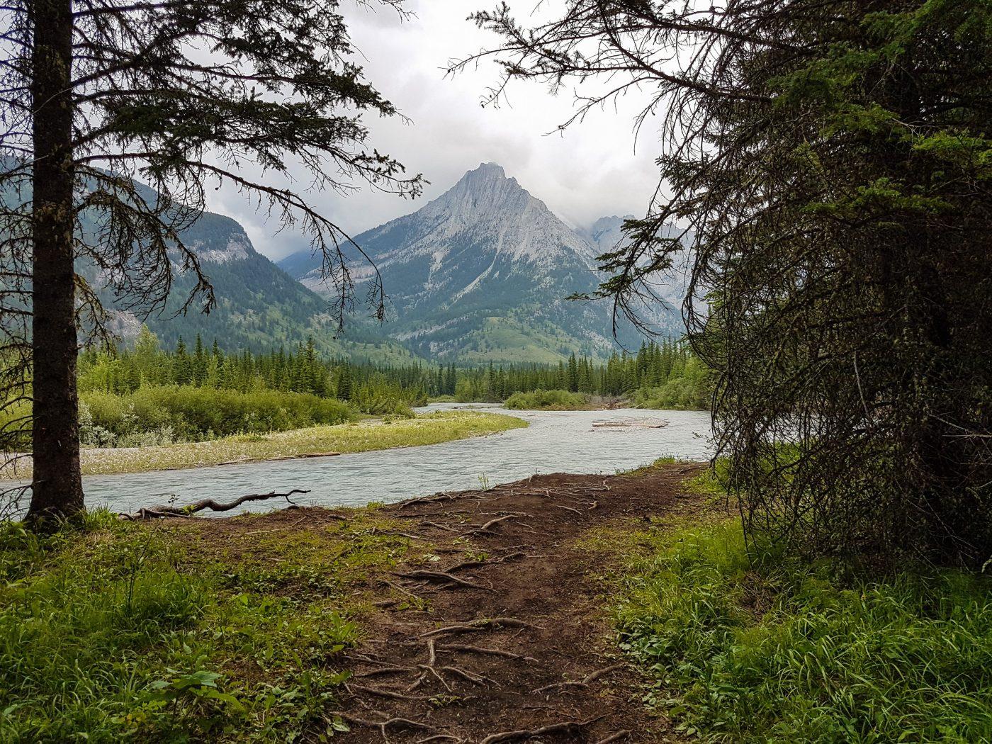 best hikes around the world canada