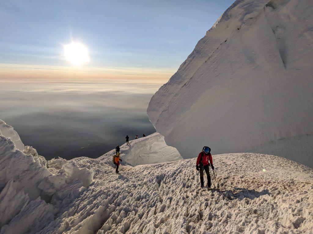 best mountain climbs in the us mount rainier
