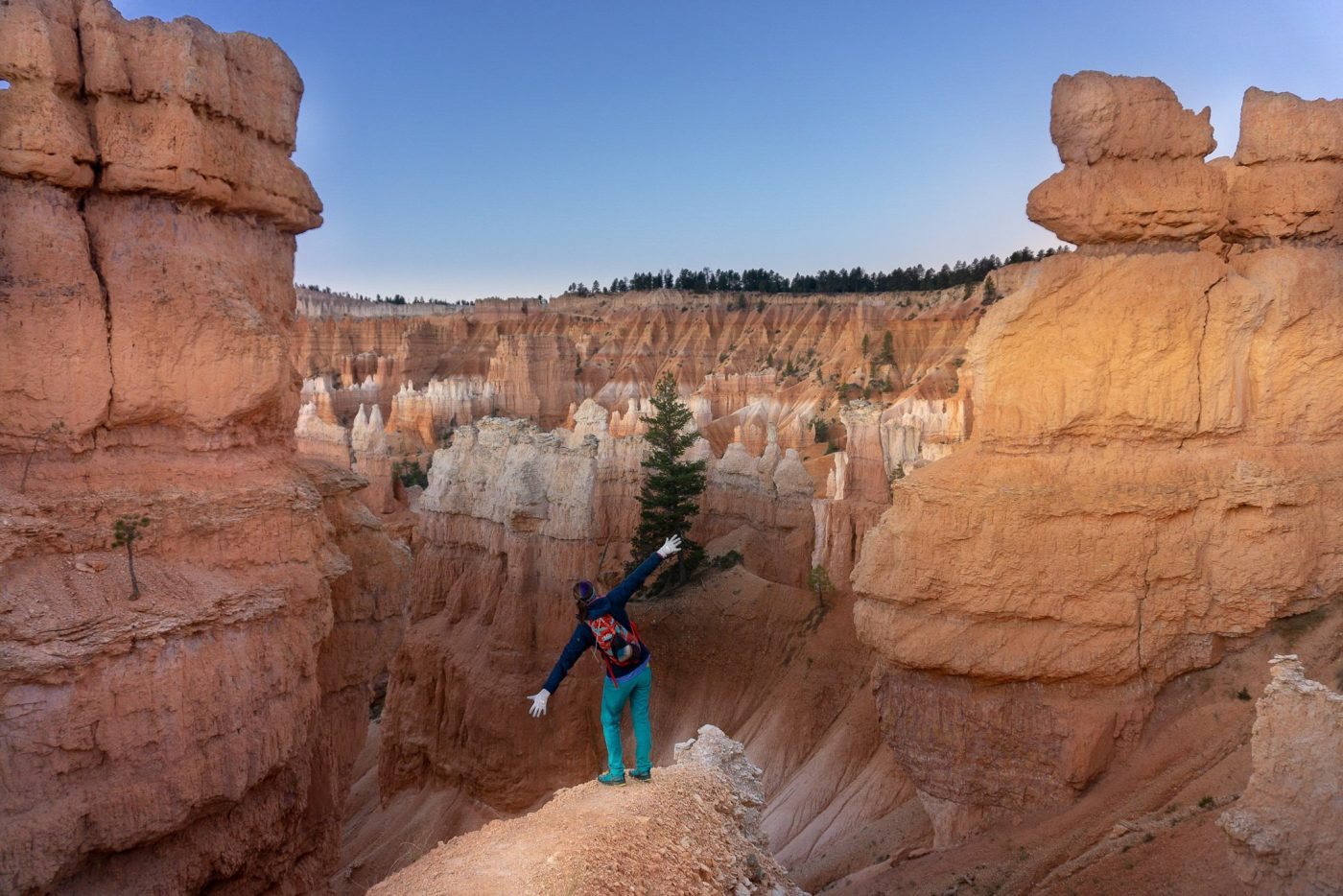 bryce canyon hikes Queens garden trail