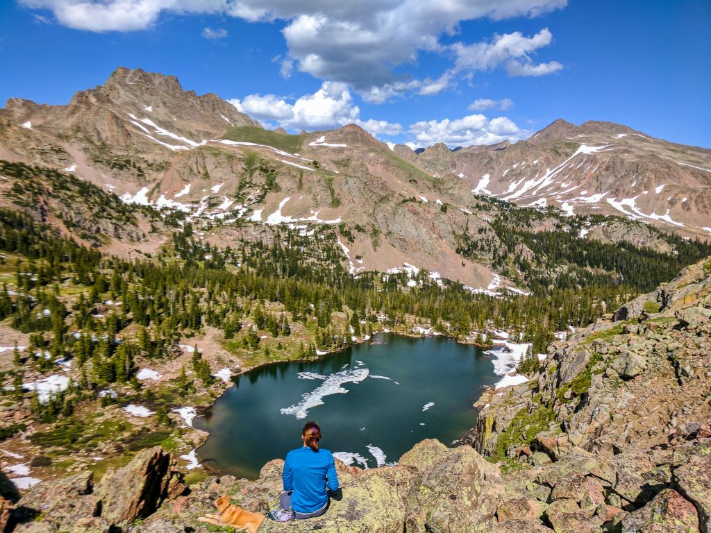 best alpine lake hikes in colorado