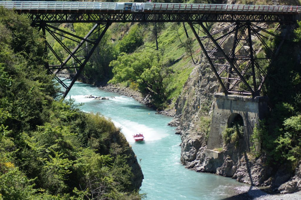 thrilling things to do in New Zealand