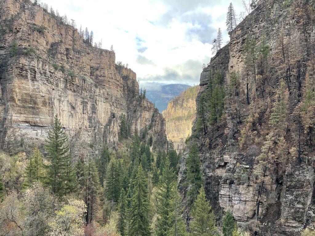 hanging lake trail views