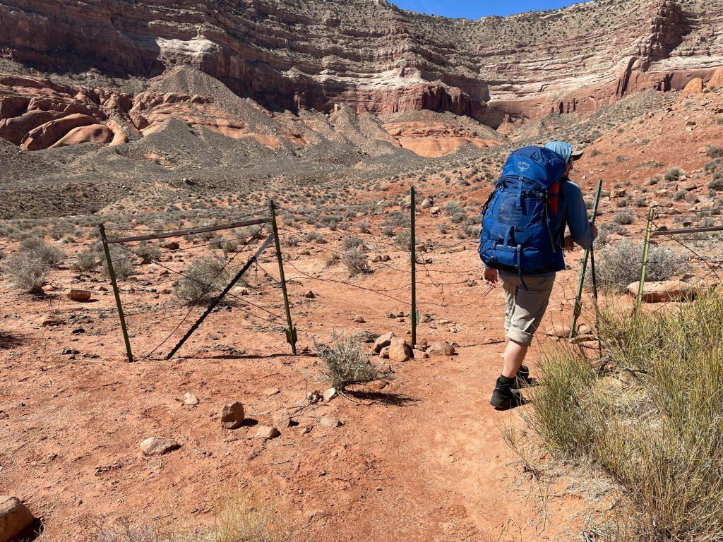 reflection canyon hike
